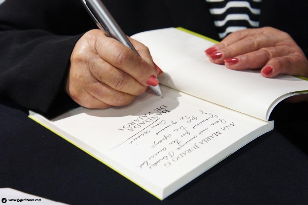 Firma del Libros en Sophos